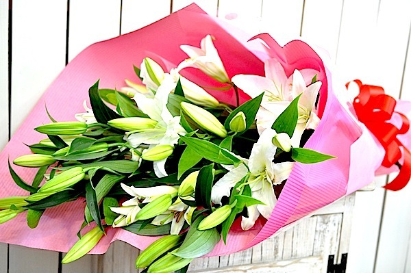 カサブランカの豪華な花束