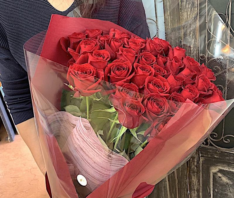 プロポーズの赤バラ40本の花束 (生花)