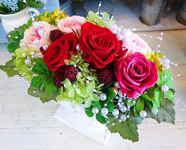 エレガントな薔薇のプリザーブドフラワー